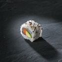 16 / california maki saumon / avocat